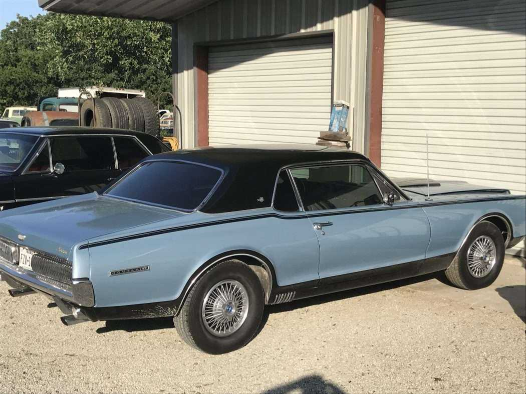 1967 Plymouth Cougar