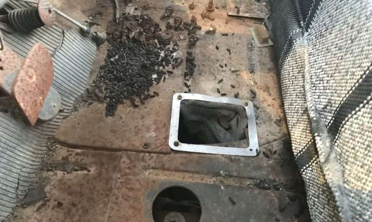 1957 Chevy PU Floorboard White Grill